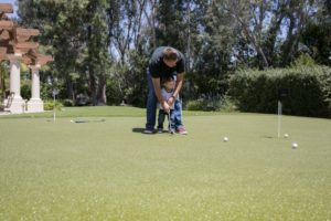 Gift guide: home putting green
